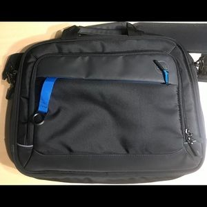 Dell Professional  Briefcase 15' Notebook